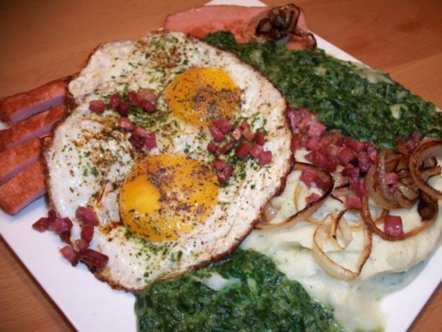 Nord trift auf Süd. Leberkäse mit Stampfkartoffeln, Spinat und sauren Spiegelei - Rezept - Bild Nr. 2