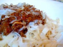 Spaghetti mit Tomaten-Fleisch-Sauce - Rezept