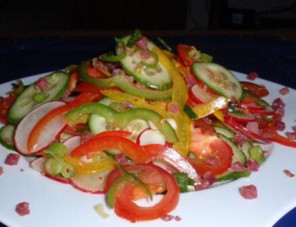Bunter Feierabend-Salat - Rezept