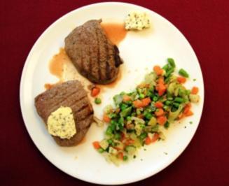 Steaks mit Pfefferbutter und Gurkensalat (Klaus Gronewald) - Rezept - Bild Nr. 9