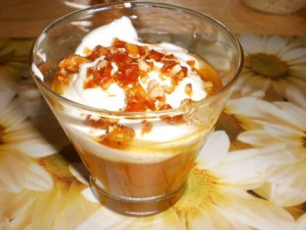 Aprikosen-Apfel-Kompott mit Joghurt und Wallnüssen - Rezept