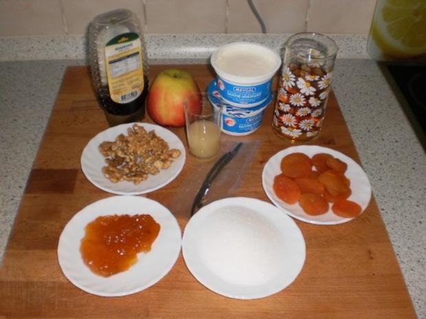 Aprikosen-Apfel-Kompott mit Joghurt und Wallnüssen - Rezept - Bild Nr. 2