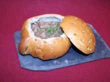Dortmunder Pfefferpotthast in der Brottasse - Rezept