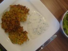 Knusprige Gemüse-Zartweizen-Rösti mit Joghurt-Dip - Rezept