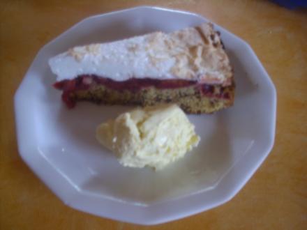 Pflaumen-Baiser-Torte - Rezept
