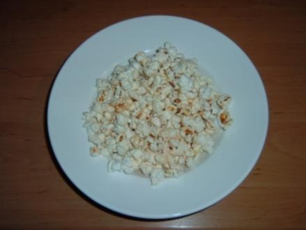 Popcorn salzig-leicht scharf - Rezept