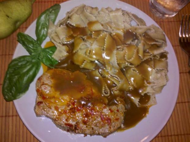 Fleisch: Sambal Oelek-Steaks mit Wildsauce und Steinpilznudeln - Rezept - Bild Nr. 12