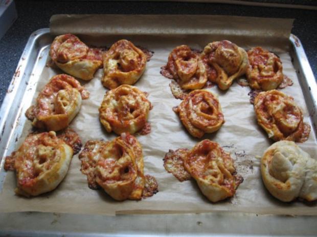 Pizza-Schnecken, wie sie jeder gerne mag! - Rezept - Bild Nr. 17