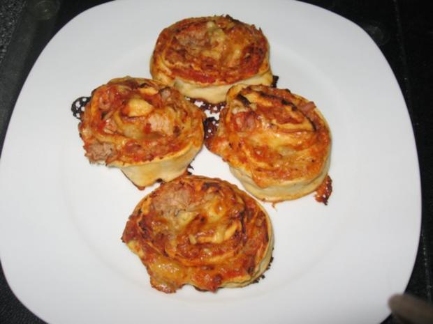 Pizza-Schnecken, wie sie jeder gerne mag! - Rezept