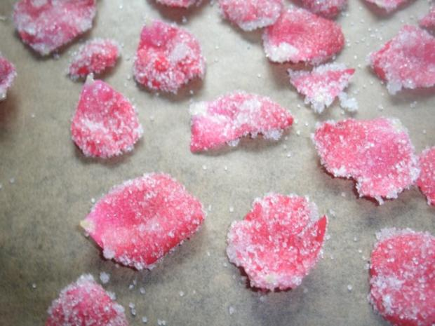 Kandierte Rosenblütenblätter - Rezept - Bild Nr. 4