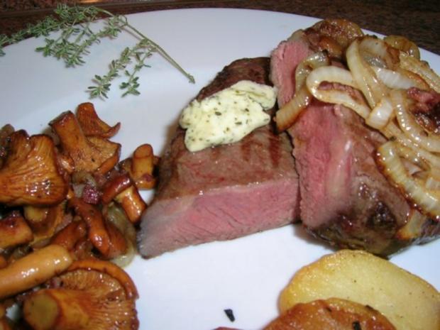 Rumpsteak mit Pfifferlingen und Bratkartoffeln aus rohen Kartoffeln - Rezept - Bild Nr. 3
