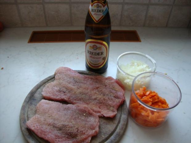Gedünstete Bierschnitzel - Rezept - Bild Nr. 2