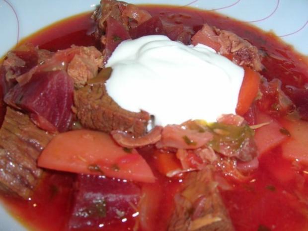 Borschtsch mit Eisbein  (ein reichhaltiger, leckerer  Eintopf mit viel Fleisch) - Rezept - Bild Nr. 2