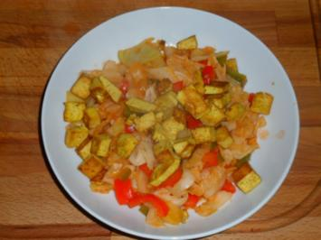 Süßsaurer Kohl mit Currytofu - Rezept