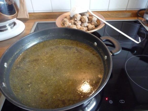 Suppen & EIntöpfe : Kartoffelsuppe mit Hackbällchen - Rezept - Bild Nr. 4