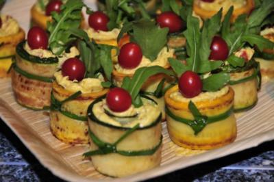 Zucchiniröllchen - Rezept