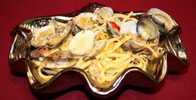 Bandnudeln mit Venusmuscheln und Fischrogen - Rezept