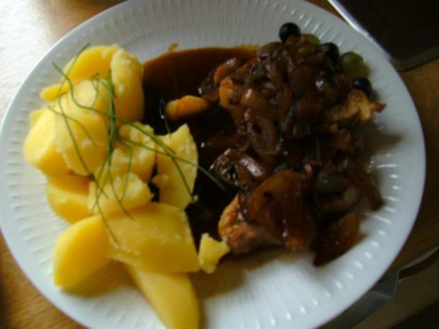 Zwiebel Weintrauben-Soße mit Hähnchenbrust - Rezept - Bild Nr. 2