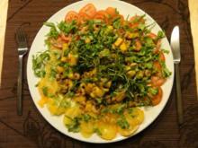 Rucola-Tomatensalat mit Curry-Mango-Shrimps - Rezept