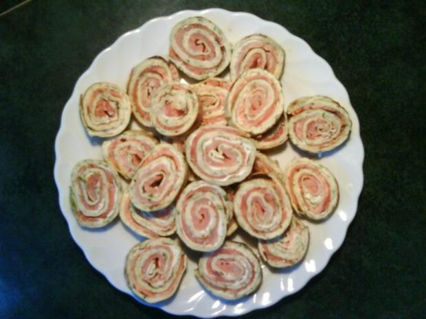 crêpes mit Kräutern (hier mit Lachs und Frischkäse) - Rezept - Bild Nr. 2
