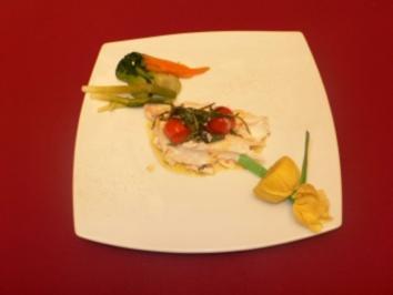 Loup de mer in Salzkruste mit Gemüsegarnitur - Rezept