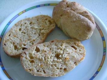 Möhrchen-Brötchen - Rezept