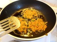 Kürbis-Reibekuchen mit Kräuterdip - Rezept