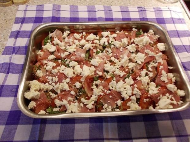 Brotauflauf mit Tomaten und Schafskäse - Rezept - Bild Nr. 5