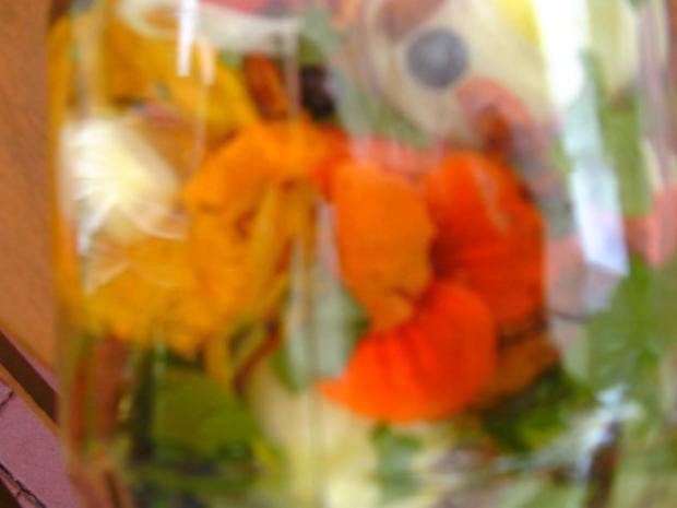 Blütenessig aus Kapuzinerkresse - Rezept - Bild Nr. 6