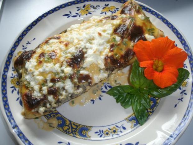 Gefüllte Pfannkuchen mit Käsesoße- gratiniert - Rezept - Bild Nr. 2