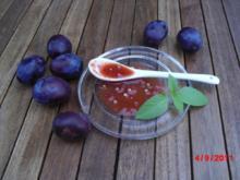 Pflaumensoße pikant - Rezept