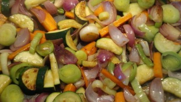 Wurstgulasch in Tomatensoße - Rezept - Bild Nr. 8