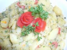 Bunter Kartoffelsalat mit Kräutern - Rezept