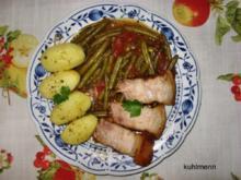 Schweinebraten auf Gemüsebett - Rezept