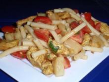 Nudelsalat mit Putenstreifen - Rezept