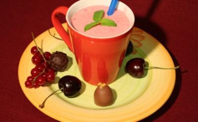 Erdbeer-Himbeer-Joghurt-Milkshake-Mix - Rezept