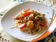 Spaghetti mit Garnelen,Pilzen und Frischkäse-Tomatensoße - Rezept