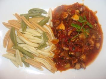 Meeresfrüchte : - Pulporagout in Tomatensauce - - Rezept