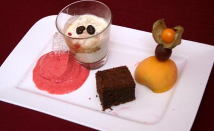 Chocolate-Tarte, Cantuccini-Crème und Himbeer-Parfait - Rezept