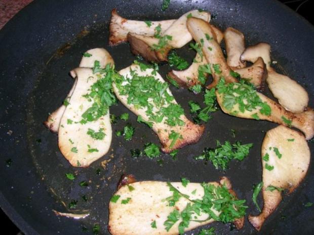 T-Bone Steak mit Folienkartoffel + Créme fraiche+Speckwürfel, Kräuterseitlinge - Rezept - Bild Nr. 7