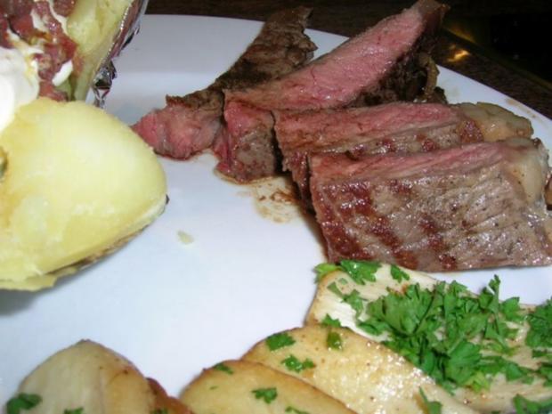 T-Bone Steak mit Folienkartoffel + Créme fraiche+Speckwürfel, Kräuterseitlinge - Rezept - Bild Nr. 8