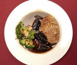 Ricotta-Spinat-Ravioli mit Pesto Genovese (Moritz Zielke) - Rezept