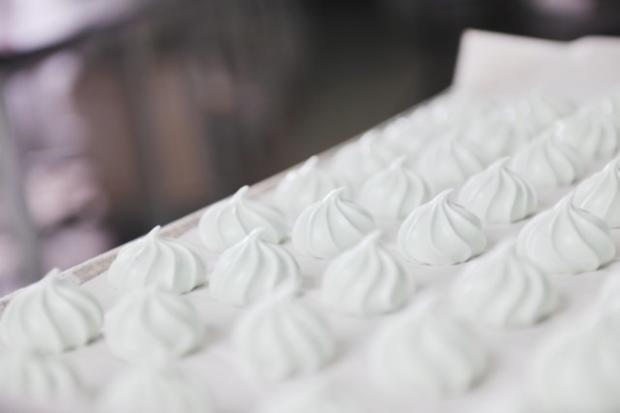 Baiser-Masse warm geschlagen - Rezept