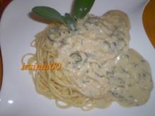 Käse - Salbei - Soße an Spaghetti - Rezept