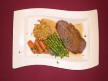 Rinderbraten in Barolojus an Artischockenpüree und feinem Gemüse - Rezept