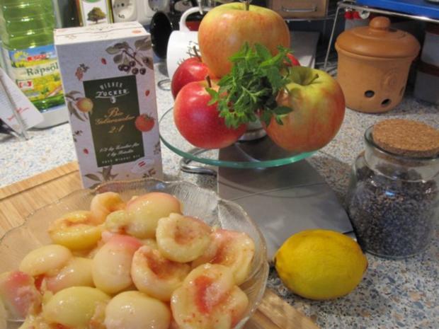 Weinbergpfirsich-Apfel-Marmelade mit Erdbeerminze und Lavendel - Rezept - Bild Nr. 2