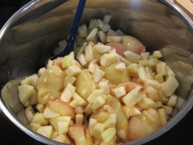 Weinbergpfirsich-Apfel-Marmelade mit Erdbeerminze und Lavendel - Rezept - Bild Nr. 4