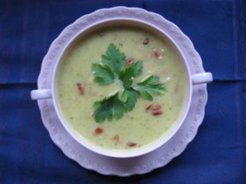 Suppen: Sellerie-Birnen-Suppe - Rezept