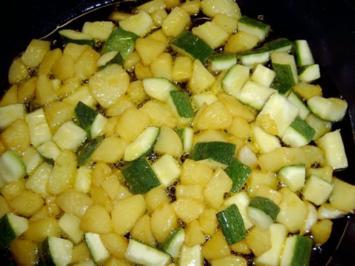 Fritierte Kartoffel- und Zucchiniwürfel - Rezept