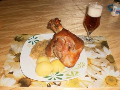 Bayerisches Eisbein mit Sauerkraut - Rezept